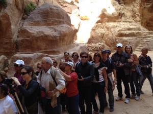 Entrada do grupo ao Tesouro de Petra - Jordânia - Grp Pe Gleuson
